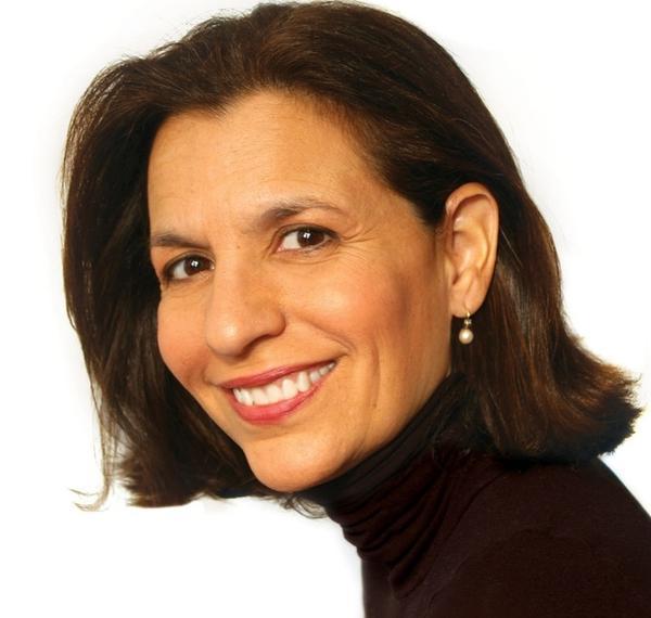 R.J. Palacio is the pen name of Raquel Jaramillo, a book jacket designer based in New York City. <em>Wonder </em>is her first novel.