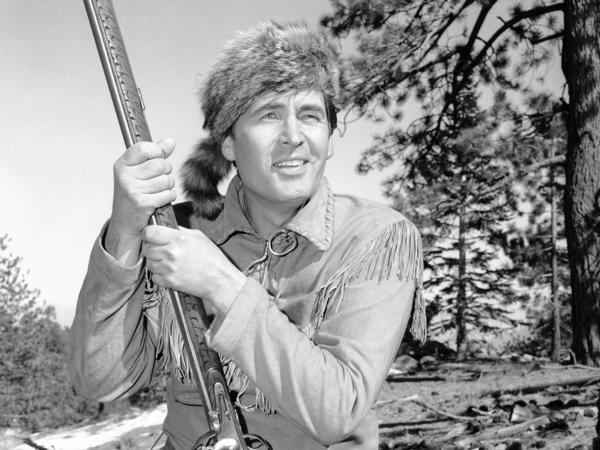 Actor Fess Parker played Davy Crockett in the 1950s Disney television series <em>Davy Crockett, King of the Wild Frontier</em>.