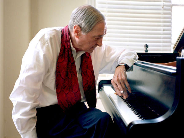 The revered photographer William Eggleston, at age 78, has released his first album.