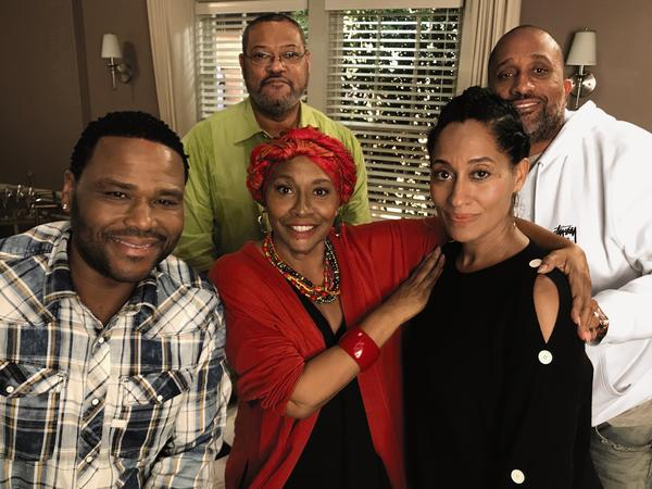 Anthony Anderson (left) sits with <em>Black-ish</em> cast members Jenifer Lewis, Laurence Fishburne, Tracee Ellis Ross and show creator Kenya Barris.