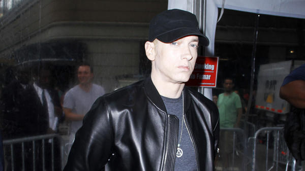 "Eminem teases <em>Revival </em>with lead single ""Walk On Water,"" featuring Beyonc<a href=""https://www.beyonce.com/"">é</a>."