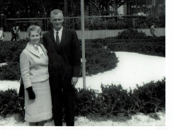 Isabell and Preble Staver in 1965 at the New York World's Fair. Both served in World War II and both died last month on the same day.