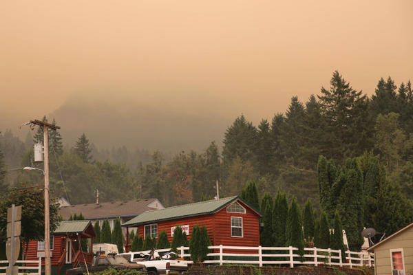 <p>A smoky haze hangs over Cascade Locks on Monday, Sept. 4, 2017, as the nearby Eagle Creek Fire has forced hundreds of people to evacuate their homes and businesses. </p>