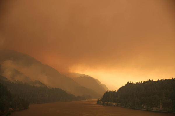 <p>Smoke from the Eagle Creek and Indian Creek wildfires clouds the Columbia River Gorge Monday, Sept. 4, 2017.</p>