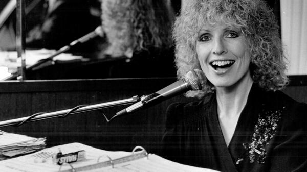 Ellyn Rucker at Ivory's Piano Bar in Denver on Apr. 22, 1984.