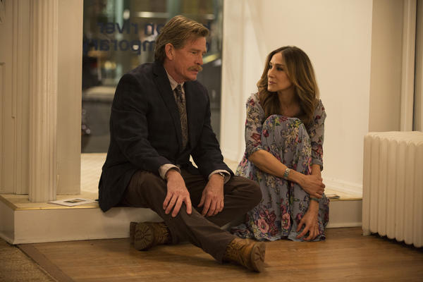 Thomas Haden Church and Sarah Jessica Parker star as Robert and Frances, a couple in a crumbling marriage in HBO's <em>Divorce.</em>