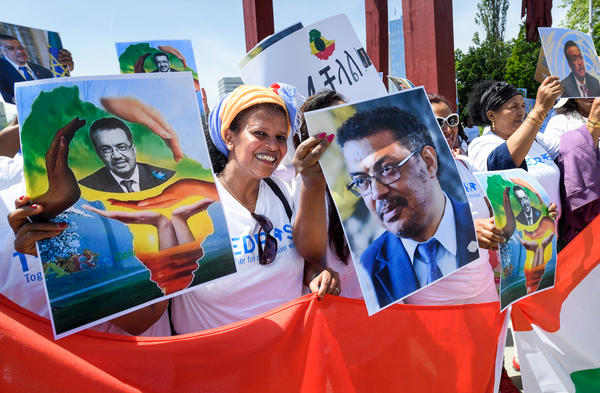Supporters of Tedros Adhanom Ghebreyesus rally for his candidacy for World Health Organization director-general in Geneva on May 23.