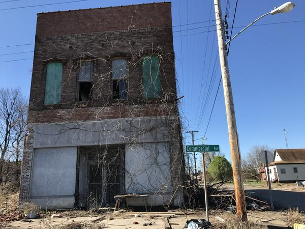Decades of corruption, economic upheaval and racial tension have led Cairo, Ill., to become one of the fastest depopulating communities in the nation.