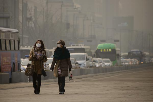 South Korea has the worst air pollution among the developed nations in the the Organization for Economic Cooperation and Development (OECD).