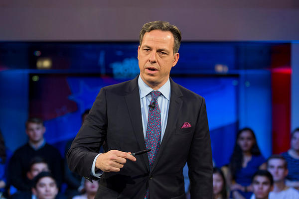 Jake Tapper, of CNN's State of the Union, speaks to a crowd at the Harvard Institute of Politics Forum.