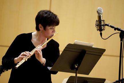 Flutist and founding Artistic Director of Sarasota Musica Viva Linda Bento-Rei