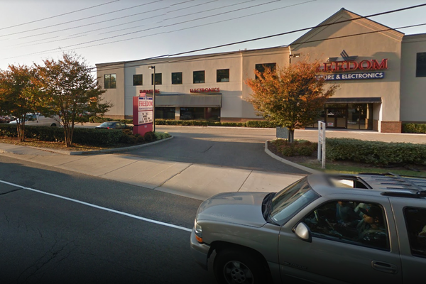 Freedom Home and Electronics closed all its stores after being the target of state and federal investigations. It once had more than a dozen stores near military bases, including this one in Norfolk, Va.