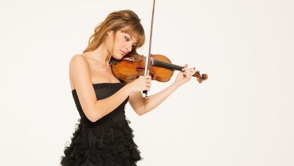 Violinist Nicola Benedetti is featured in this episode of <em>The Thistle & Shamrock</em>.