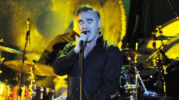 Morrissey performs in Hamburg, Germany, where the German newsmagazine <em>Der Spiegel</em> is based.