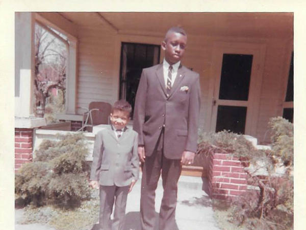 William Lynn Weaver with his younger brother, Wayne, in Knoxville, Tenn. in 1963.