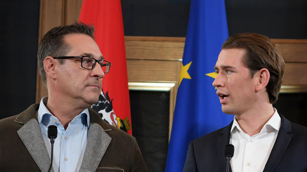 The leader of the Austria's far-right Freedom Party, Heinz-Christian Strache (left), and the leader of Austria's conservative People's Party, Sebastian Kurz, hold a joint press conference in Vienna on Saturday.
