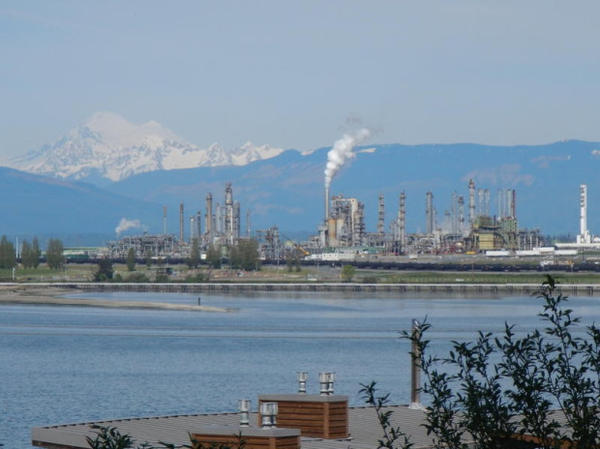 <p>Tesoro's refinery in Anacortes, Washington.</p>