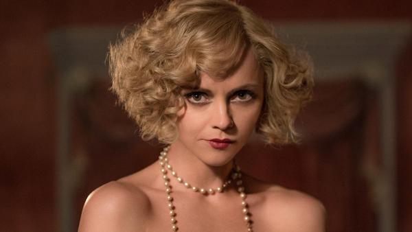 Christina Ricci plays Zelda Fitzgerald in Amazon's <em>Z</em>.