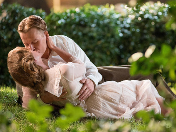 """""""[Zelda] was in a very dysfunctional marriage with F. Scott Fitzgerald,"""" Ricci says. (Pictured: Ricci and David Hoflin)"""