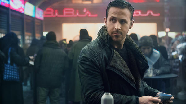 Ryan Gosling plays a replicant assigned to take out replicants in <em>Blade Runner 2049</em>.