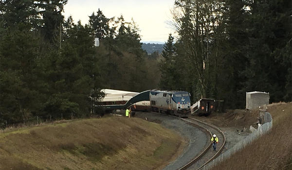 A conductor on board the Amtrak train that derailed north of Olympia in December alleges that the crew received inadequate training.