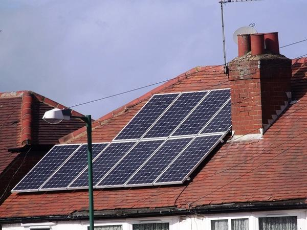 Rebates would help pay for solar panels on a rooftop