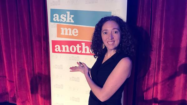 Mystery Guest Jackie Faherty on the Ask Me Another stage.