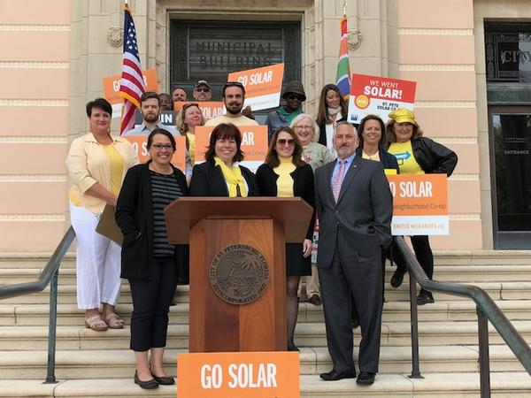 The St. Pete Winter Solar Co-op took place on Tuesday, Jan. 30, with the League of Women Voters and Solar United Neighbors.