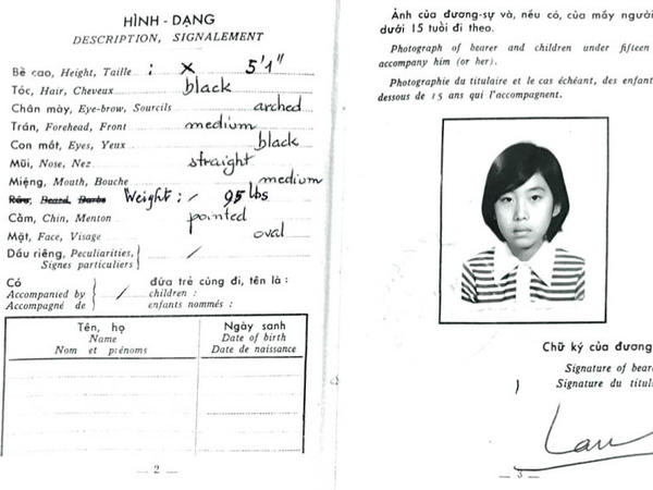 A photo of Lan Cao's passport from the former Republic of Vietnam.