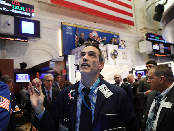 The Dow Jones industrial average's record 1,175-point single-day plunge Monday made for a volatile day of trading on the New York Stock Exchange.