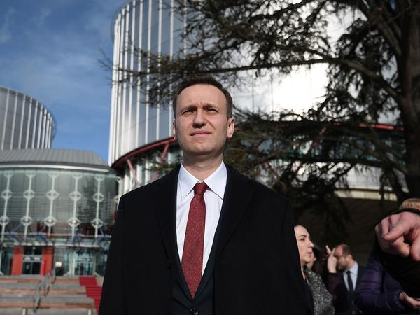 Russian opposition leader Alexei Navalny, shown here in Strasbourg last month, recently published an investigation about metals magnate Oleg Deripaska.