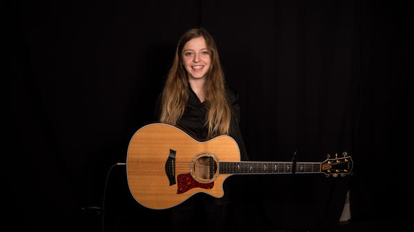 "British singer-songwriter Jade Bird performs her blues-country tune ""Cathedral"" on FUV Live<em>.</em>"