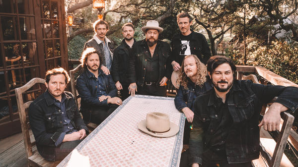 Nathaniel Rateliff & The Night Sweats.