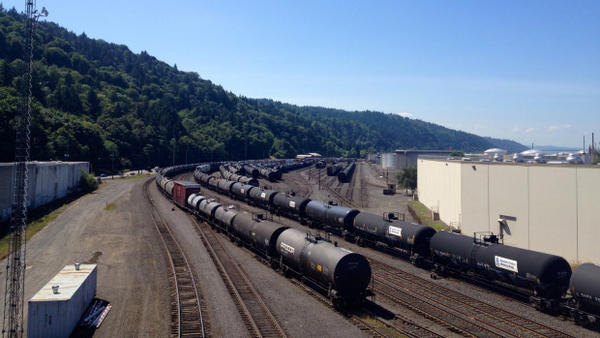 <p>Oil trains in industrial Northwest Portland.</p>