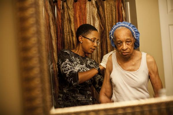 Yolanda remembers crying the first time she bathed Ida and saw how frail she had become.