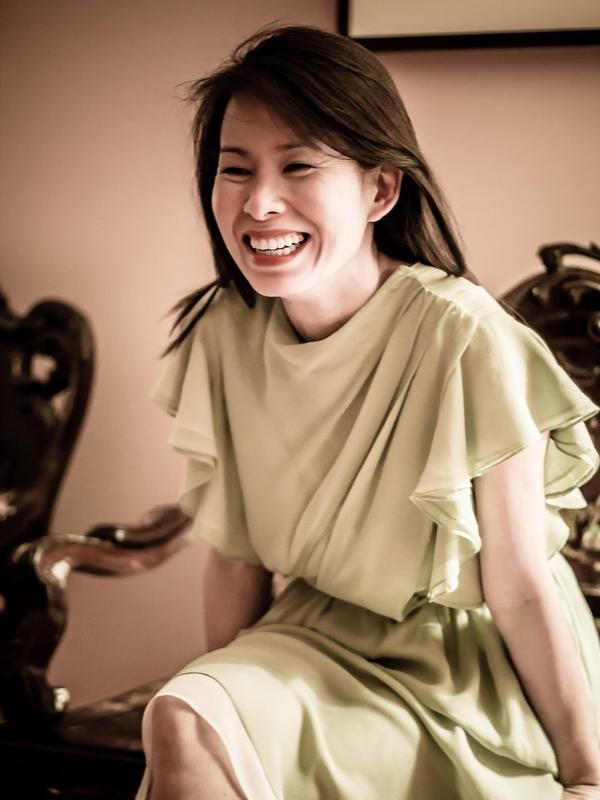 Kim Thuy is a Canadian writer. <em>Ru</em> is her first novel.