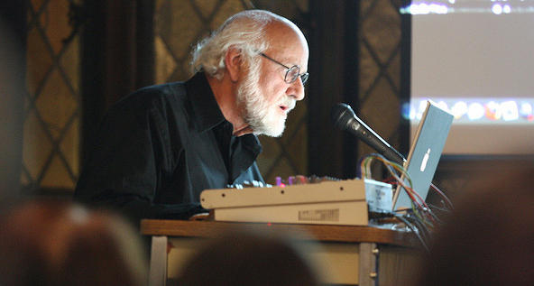 Morton Subotnick performing (stretta/Flickr)