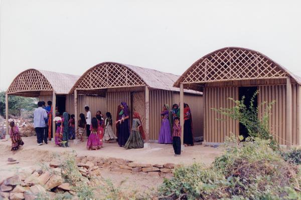"In Bhuj, India, in 2001, Ban used rubble from destroyed buildings as the foundation for his Paper Log Houses. The roof --€"" made of bamboo ribs, plastic tarpaulin and a woven cane mat — "" allowed ventilation for indoor cooking."