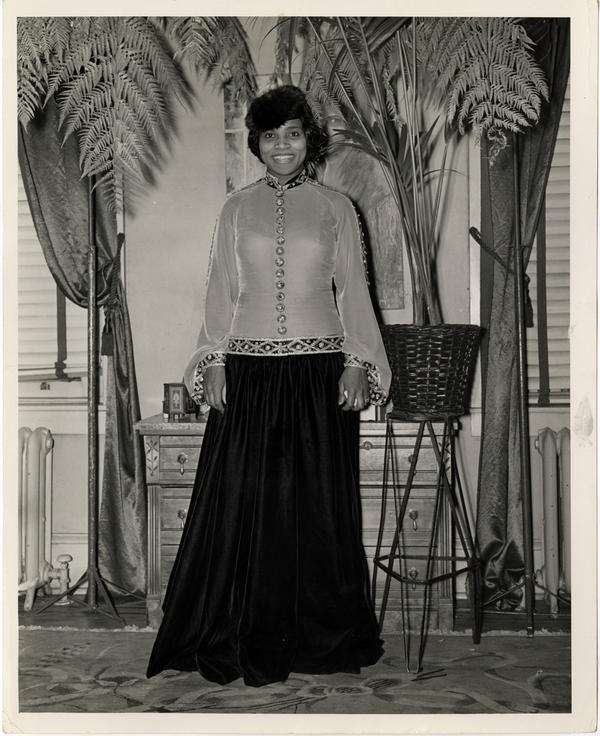 Anderson in the outfit she wore for her historic 1939 concert.