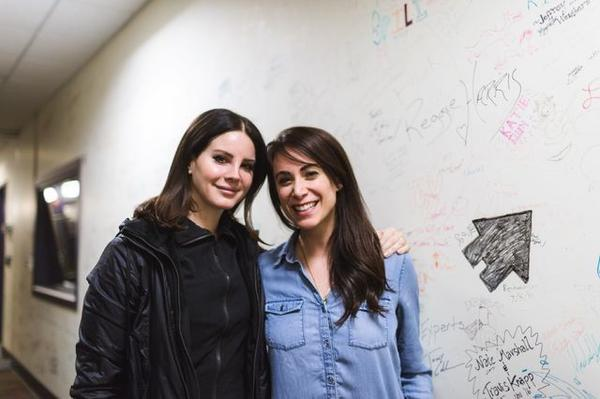 Lana Del Rey poses with Talia Schlanger.