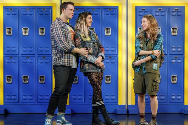Damian (Grey Henson) and Janis (Barrett Wilbert Weed) befriend Cady (Henningsen) before she joins the Plastics.