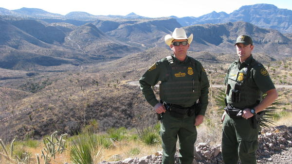Border Patrol Agent Rush Carter, left, and Assistant Chief Patrol Agent Stephen Crump.