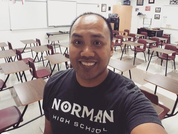 "Setting up his new classroom in Texas this school year, Shawn Sheehan took a selfie for social media to wish his home state well. ""Wishing all my Norman and <a href=""https://twitter.com/hashtag/oklaed?src=hash"" data-query-source=""hashtag_click"">#<strong>oklaed</strong></a> fam a great school year! Representing y'all as I set up my classroom in Lewisville, TX!"""
