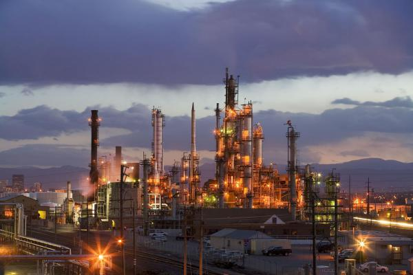 Suncor's refinery in Commerce City, Colo., can produce up to 98,000 barrels a day of gasoline, diesel fuel and asphalt.
