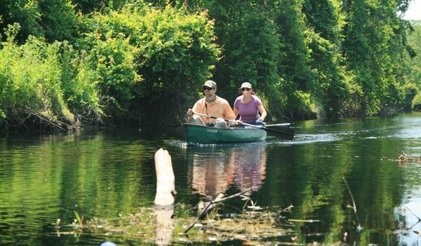 Joe Guthrie and Mallory Lykes Dimmitt on Reedy Creek