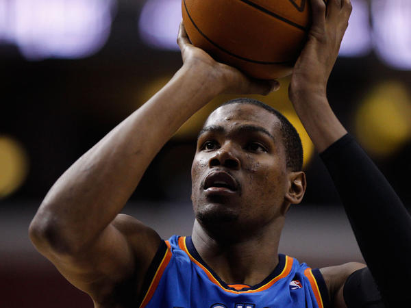 Kevin Durant of the Oklahoma City Thunder is averaging a league-high 30 points per game. Analysts say he's an all-but-unstoppable force.