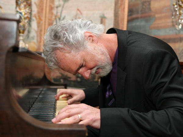 <p>Chuck Leavell.</p>