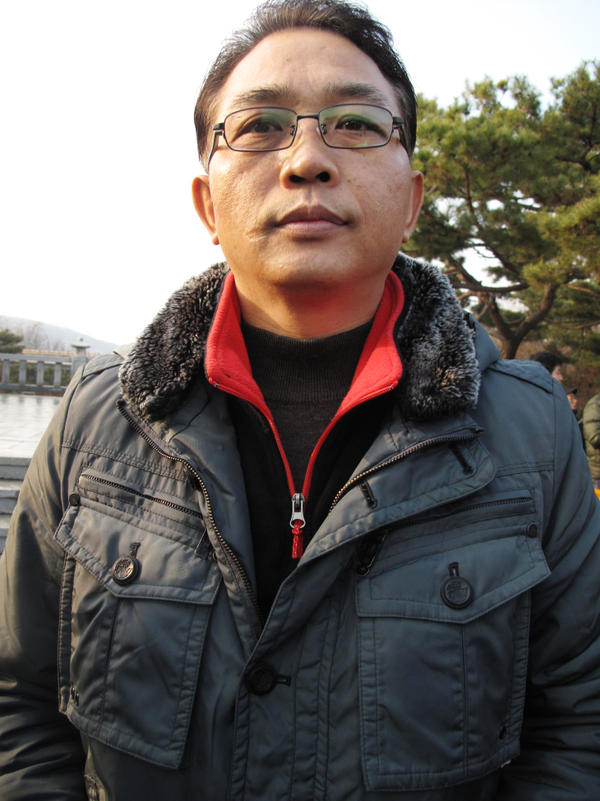 Son Jeong-hun, one of the rally's organizers, predicts that conflict among North Korea's elite factions will break out by early next year.