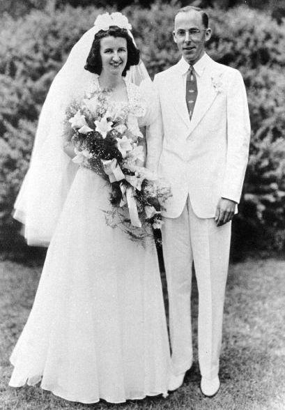 Sara and Arthur Memmott, July 1939.