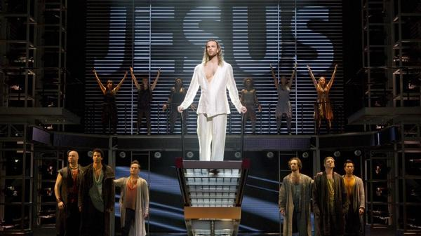 A crowd-pleasing revival of Andrew Lloyd Webber and Tim Rice's rock opera <em>Jesus Christ Superstar</em> has transferred from Canada's Stratford Festival to Broadway.
